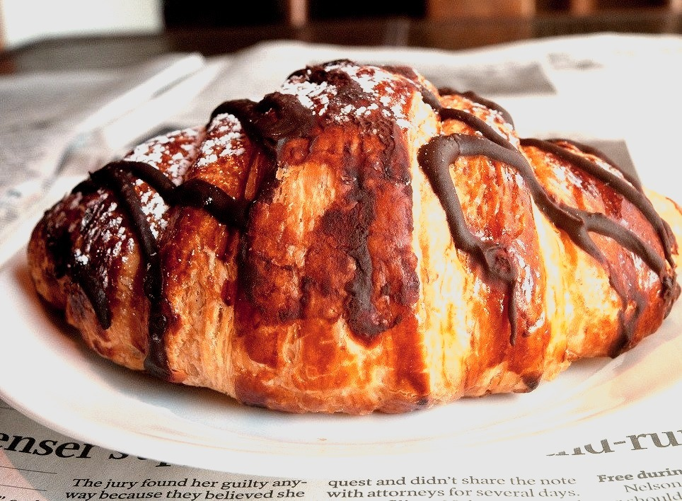 Chocolate Croissant (by mgtelu)