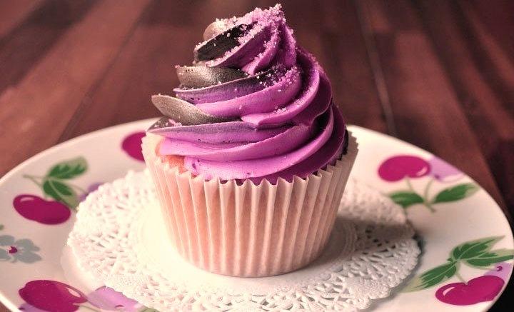 Cherry Cola Cupcake
