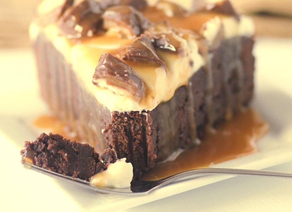 Twix Brownie Cheesecake